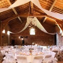 decoration de salle de mariage décoration mariages déco de table et de salle maplusbelledeco