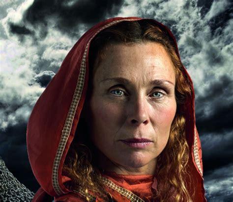 sweden  discovered  remains  female viking warrior