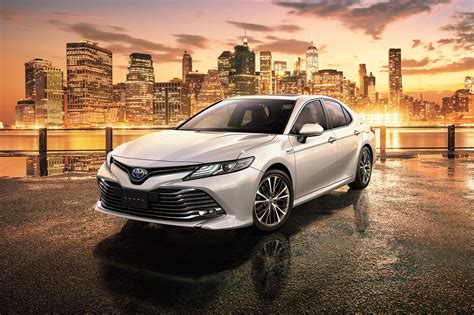 2020 Toyota Camry: Review, Specs and Price in UAE ...
