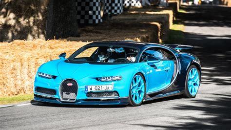 Bugatti chiron at geneva motor show 2016 | automototv. 2 BUGATTI CHIRON - SOUND ACCELERATIONS and AirBrake ...