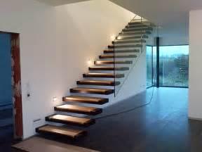 treppe stahl freitragende treppe whitecube wiener neustadt