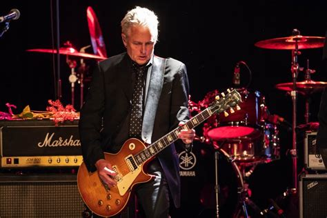 pearl jams mike mccready honored  recovery work