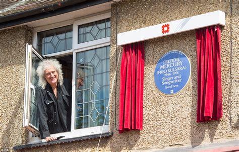 queen bandmate brian  unveils blue plaque  freddie