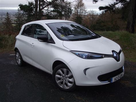 family car review renault zoe electric car