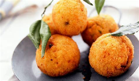 cuisine sicilienne arancini arancini di riso comment les préparer sanpellegrino