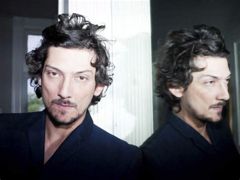 León Larregui Presenta Su Segundo álbum Solista, 'voluma