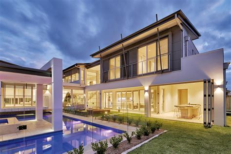 A Perfectly Balanced Home Completehome