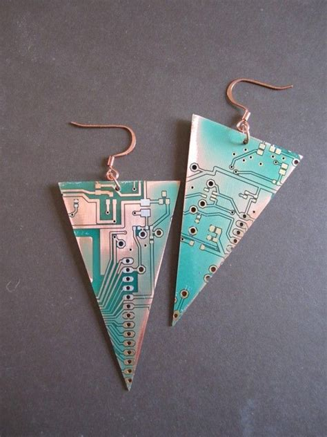 Inverted Pyramids Earrings Made From Recycled Rohs