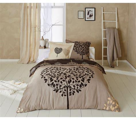 Tous les matériaux utilisés pour nos housses de couettte sont doux et transforment votre lit en une bulle cosy pour passer de bonnes nuits. Parure Housse De Couette 200x200 Cm - Taupe - Housse de couette - Parure de lit BUT
