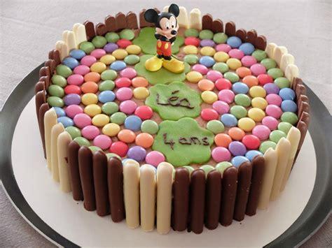 recette cuisine basque gâteau d 39 anniversaire aux fingers et smarties thème mickey