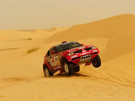 Kaos Rally Dakar Mitsubishi Pajero mitsubishi pajero dakar photos reviews news specs buy car