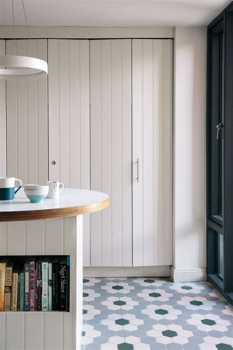 Laundry Cupboard Doors by When Closed Up The Concertina Doors Streamline The Clever