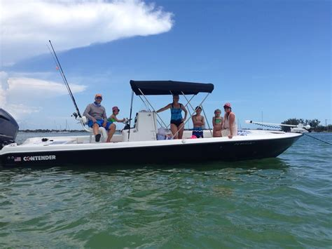 Contender Boats Vs Everglades by Pathfinder 2600 Vs Crevalle 26 Vs Contender Bay The