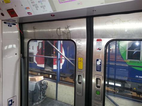 sur si鑒e voiture le nettoyage des trains