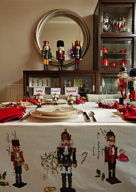 nutcrackers galore     home   holidays