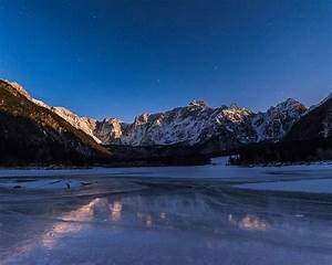 Dreamy Pixel | Reflections in the frozen lake at night ...