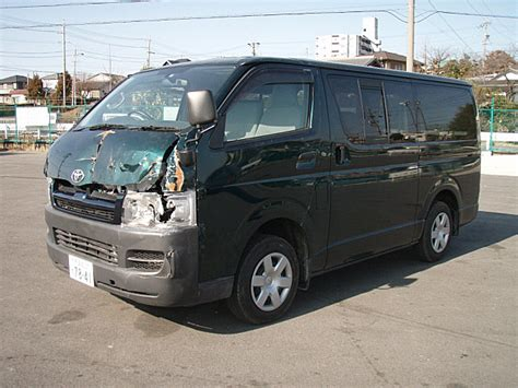 Toyota Hiace Usa by Toyota Hiace D T Dx 2004 Damaged For Sale
