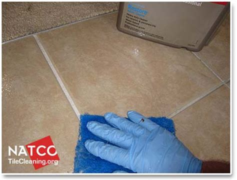 ceramic tile floor cleaner cleaning ceramic tile floors and grout
