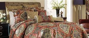 Dillards Bedding Collections Quilts & Comforters Buyer