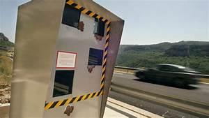 Avertisseur De Radar Waze : de plus en plus de conducteurs utilisent les avertisseurs de radars ~ Medecine-chirurgie-esthetiques.com Avis de Voitures
