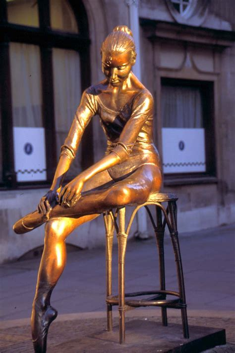 Modern Sculpture, London pictures, free use image, 11-18 ...
