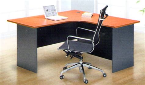l tables table eseries