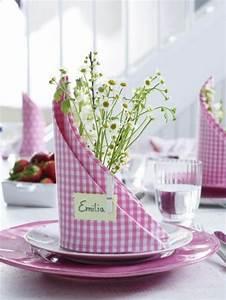 Servietten Falten Ostern Tischdeko : servietten falten und eine kreative tischdeko zu ostern kreieren ~ Eleganceandgraceweddings.com Haus und Dekorationen