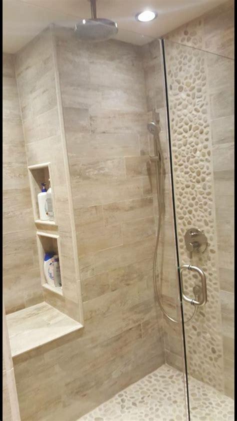 Porcelain Bathroom Tile by Best 25 Beige Tile Bathroom Ideas On Tile