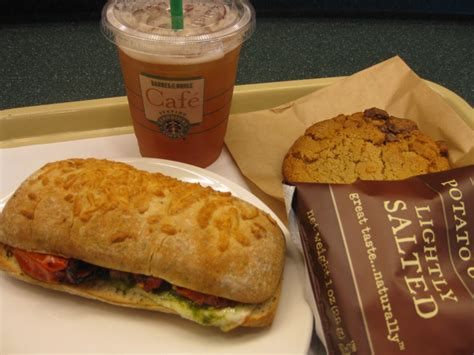barnes and noble clark nj nooneats sandwiches at the barnes and noble cafe