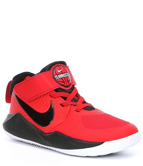 nike boys team hustle   ps basketball shoe whitevolt
