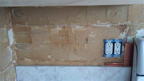 best way to remove kitchen tiles walls how to remove quot metal quot tile adhesive from 9245