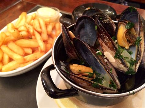 cuisine moules finding comfort in a belgian bowl the times