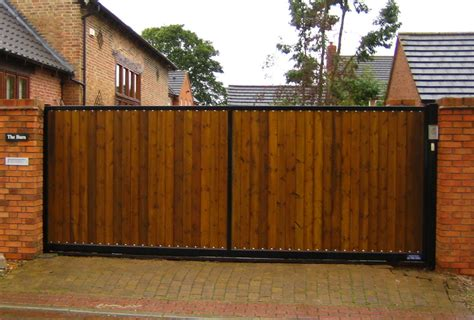 horizontal wood fences electric sliding gates electric gates electric driveway