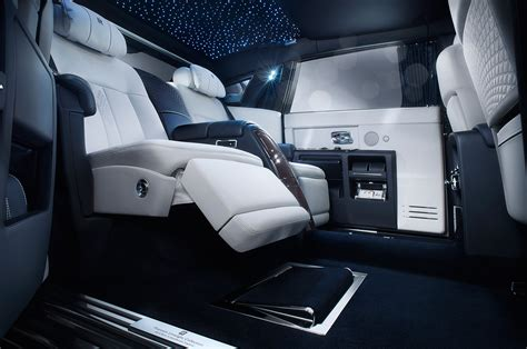 rolls royce phantom interieur rolls royce phantom limelight collection rear interior seats photo 2