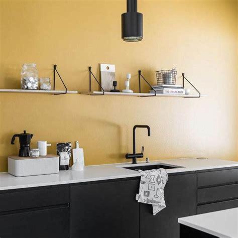 Mensole In Cucina Foto Le Mensole A Vista In Cucina Ma Anche Funzionali