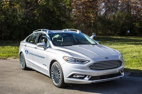 Ford Car : Ford's New Autonomous Fusion Looks Freakishly Normal