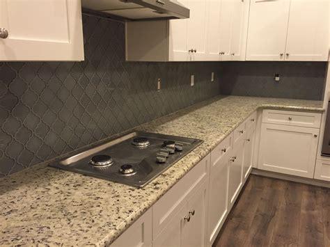 color kitchen cabinets white dallas granite white shaker cabinets arabesque grey 3446