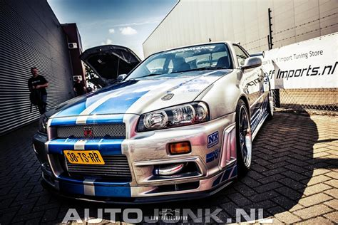 nissan skyline 2002 paul walker nissan skyline gt r r34 paul walker foto s 187 autojunk nl