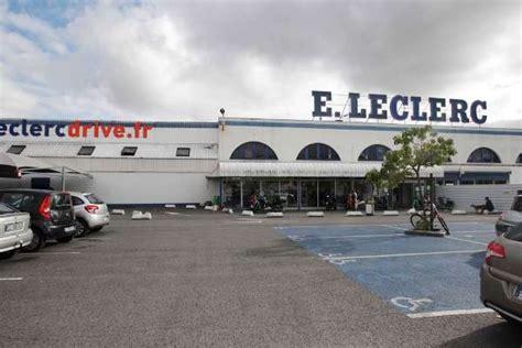 bordeaux louis le centre commercial leclerc veut