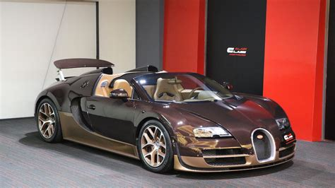 So what do you get when you fuse the two together? Alain Class Motors | BUGATTI Veyron Grand Sport Vitesse