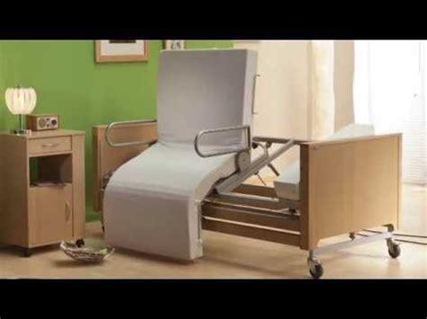 pflegebett aufstehbett mobilia cura   mit