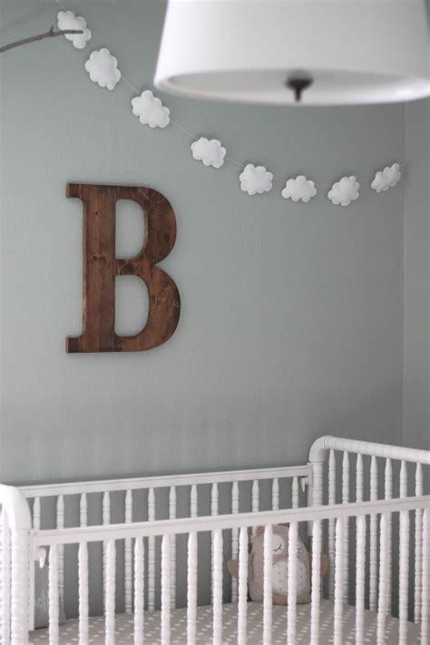 diy chambre bébé comment fabriquer une guirlande de nuages pour