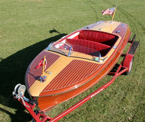 Classic Riviera Boats by Classic Boats 18 Chris Craft Riviera