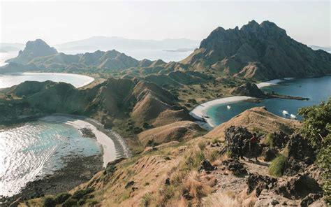 komodo island  closing  tourists  people