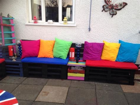 colorful garden deck pallet furniture pallet ideas