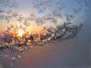 Sonne Im Winter : frost und sonne im winter glas hintergrund stockfoto ~ Lizthompson.info Haus und Dekorationen