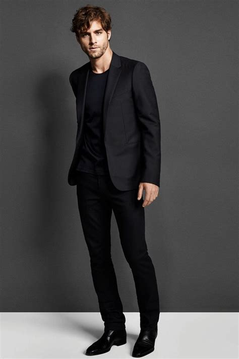 All Black Outfits Men-15 All Black Dressing Ideas for Guys