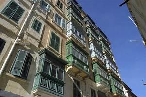 Häuser In Der Türkei : h user in der altstadt von valletta malta aufnahme oktober 2006 staedte ~ Markanthonyermac.com Haus und Dekorationen
