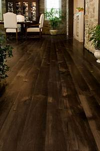 brown, maple, wood, floors, in, a, dining, room