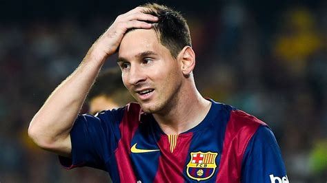 Transfer news: Lionel Messi not looking to leave Barcelona ...